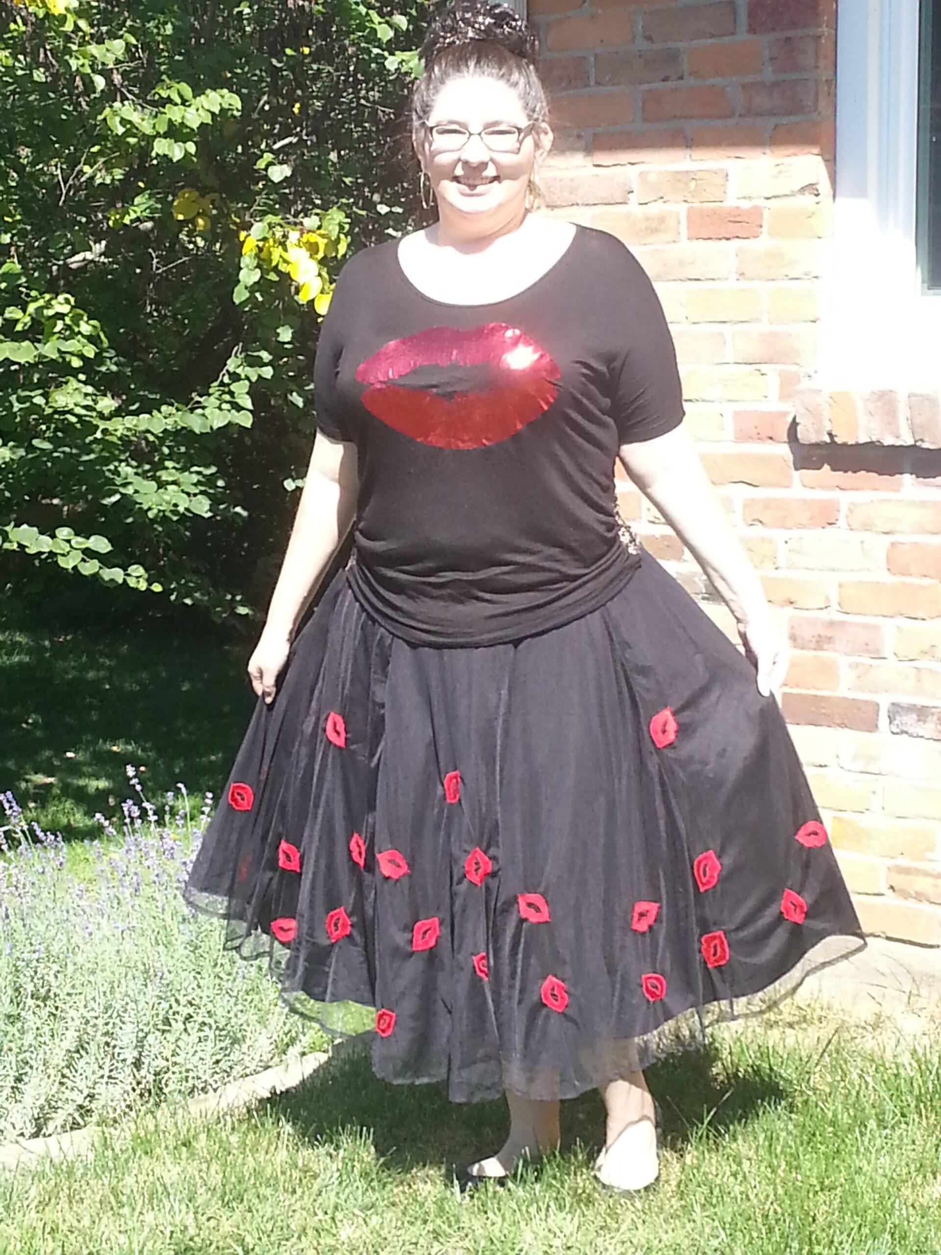 eShakti Tulle Skirt and Free Kisses Tee